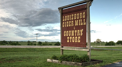 Guided or walking tour Louisburg Cider Mill festivities